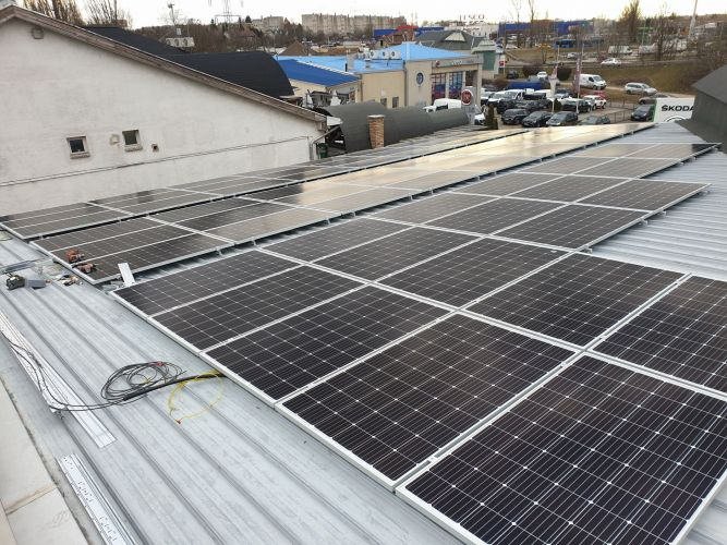 30 kWp Sharp napelemes rendszer, SolarEdge inverter, Budapest