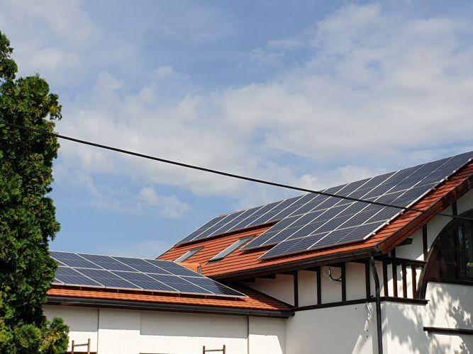 28,49 kWp Sharp napelemes rendszer, SolarEdge inverter, Mezőkövesd