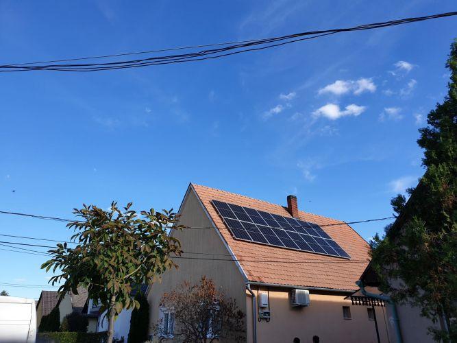 5,28 kWp Sharp napelemes rendszer SolarEdge inverterrel, Ságvár