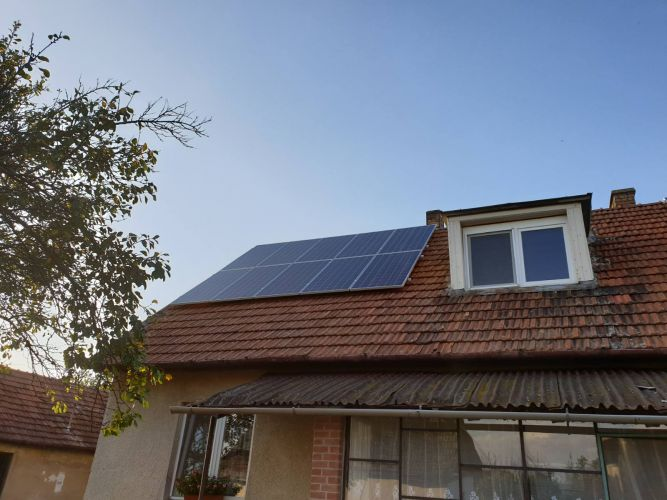 7,26 kWp Sharp napelemes rendszer Fronius inverterrel, Tiszagyulaháza