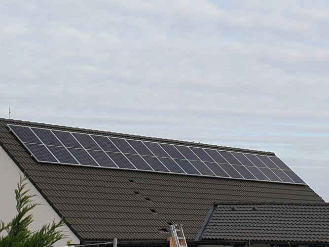 6,72 kWp Sharp napelemes rendszer Fronius inverterrel, Aszófő