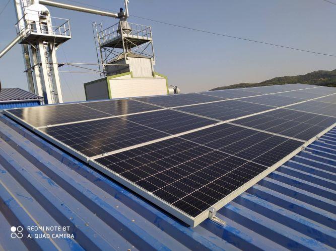 7,11 kWp Sharp napelemes rendszer, Fronius inverter, Sióagárd